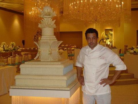 Торти на ліванських весіллях