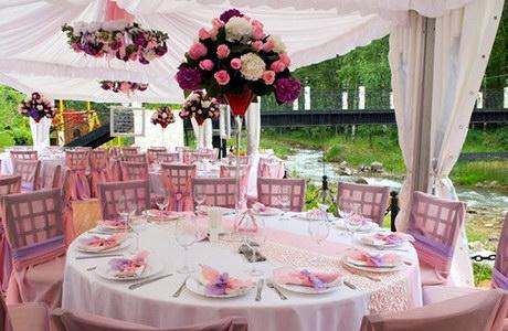 Як оформити весільний зал навесні