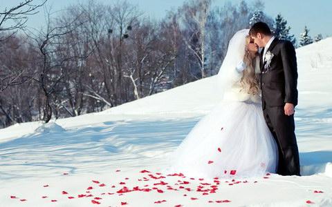 зимове весілля